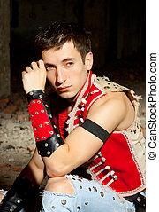 stående, modell, man, look., man., skjorta, ung, stilig, walls., hatt, röd, bar, mode, ha på sig, elegant, sexig