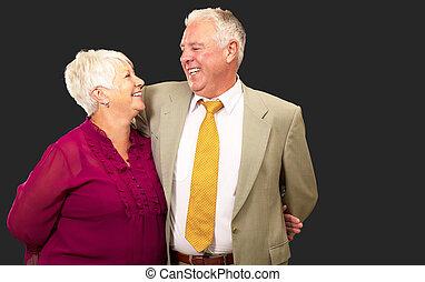 stående, par, senior, lycklig