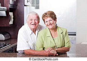stående, senior, glatt par, älskande