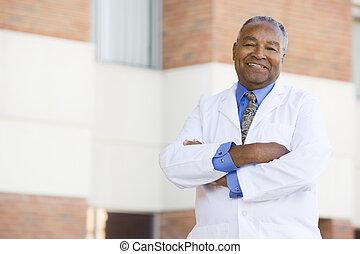 stående, utanför, sjukhus läkare