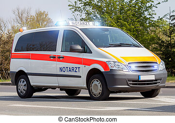 stænder, nødsituation, tysk vogn, gade, ambulance