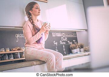 stół, kobieta, młody, kuchnia, posiedzenie
