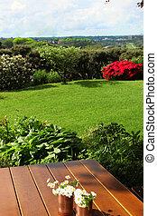 stół, kwiaty, ogród