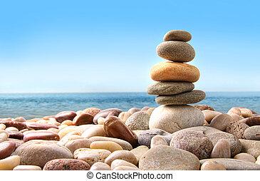stóg, od, kamyk, kamienie, na białym