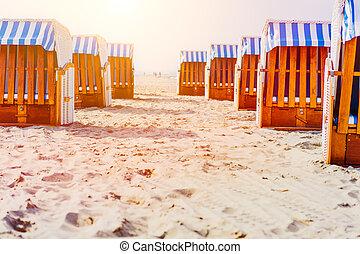 stühle, bucht, luebeck, travemuende, deutschland, sandstrand, sandig