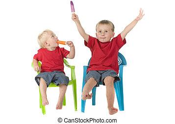 stühle, knaben, rasen, zwei, popsicles