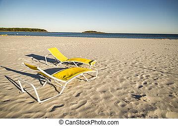 stühle, sandstrand, zwei, sandig, deck