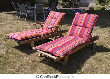 stühle, zwei, sun-drenched, rasen, kleingarten