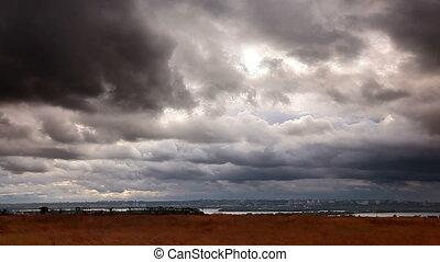 stürmen wolken, aus, stadt