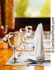 stříbro, deska, brýle, restaurace