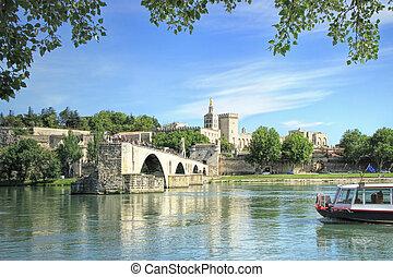 st.-benezet, puente, avignon, francia