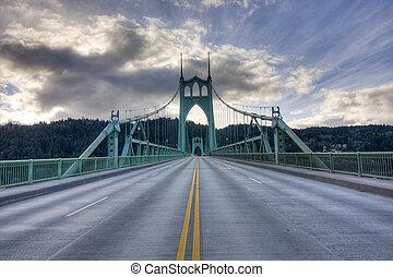 St. John's Bridge in Portland Oregon, USA. - Beautiful Image...