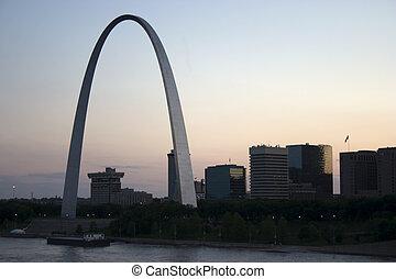 st louis missouri - Cityscape of St Louis Missouri featuring...