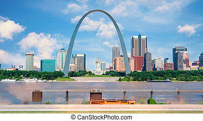St Louis with Mississippi river and famous arch