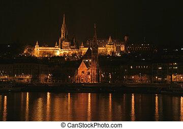 St. Matthias church in Budapest - Nighttime view of Saint...