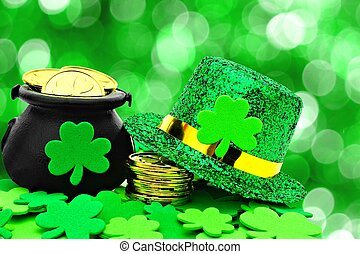 St Patricks Day party decor - St Patricks Day Pot of Gold,...