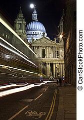 st. paul katedra, w nocy