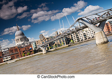 St. Paul\'s Cathedral and the Millennium Bridge