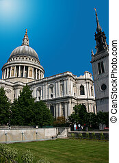 st pauls cathedral london with bright sky