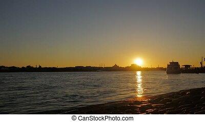St. Petersburg dawn timelaps divorce bridges