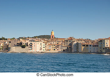 St Tropez from bay horizontal