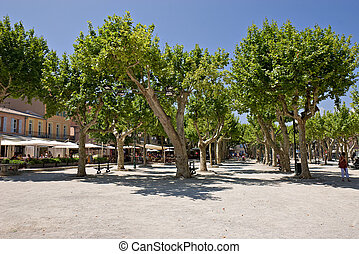 St-Tropez park - A park near the old part of St-Tropez,...