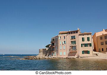 St Tropez seafront apartments
