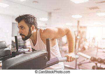 staaf, workout, atletisch, onderdompelingen, binnen, gebaard, gespierd, parallel, fitness, gym., kleren, geconcentreerde, gedurende, verticaal, wit mannelijk, model, man