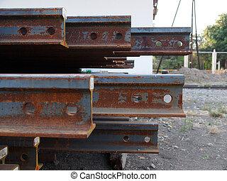 staalstralen, aangetaste