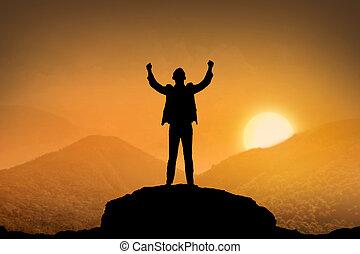 staand, berg, silhouette, zakelijk, bovenzijde, man