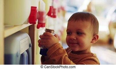 staand, jongen, vertragen, shop., automaten, motion., nul,...