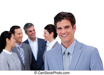 staand, zijn, peinzend, team, voorkant, zakenman