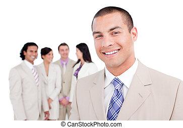 staand, zijn, team, voorkant, zakenman, vrolijke