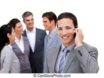 staand, zijn, zeker, telefoon, team, voorkant, zakenman