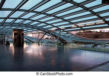 stacja, pociąg, nowoczesna architektura