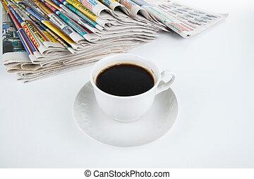 stack, närbild, kaffe, tidningar, kopp