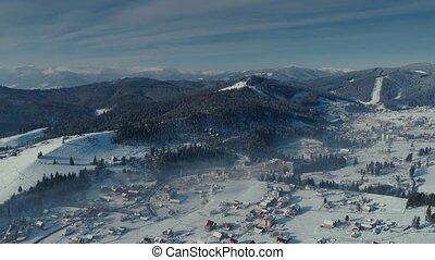 stad, vlucht, winter, bergen, sneeuw, neuriën, bos, bukovel, zonopkomst