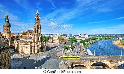 stadt, fliegen, altes , katholische, semperoper, dresden, hofkirche, ansicht., germany.