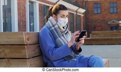 stadt, maske, smartphone, frauengesichter