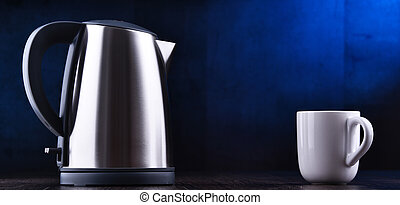 Stainless steel electric cordless kettle of one litre...