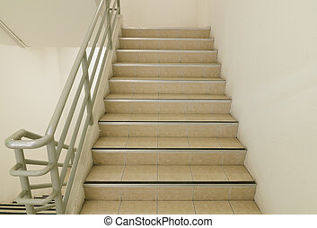 stairwell , έξοδοs κινδύνου