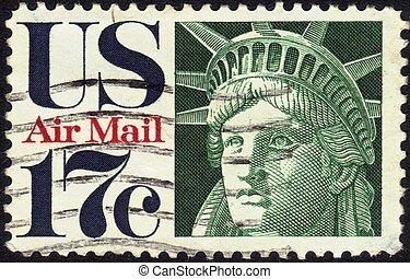 stamp Statue of Liberty 17 c - UNITED STATES - CIRCA 1960's...