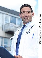 standing, esterno, ricoveri ospedale dottore