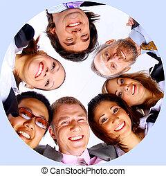 standing, gruppo, affari, accalcarsi, persone, sorridente, vista angolare bassa