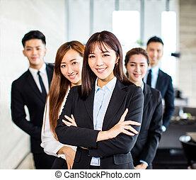 stands, bureau, business, confiant, asiatique, équipe