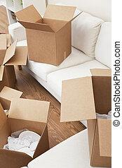 stanza, di, scatole cartone, per, casa commovente