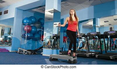 stap aerobics, op, de, gym