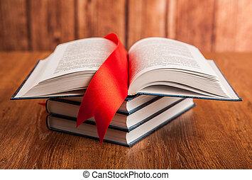 stapel boeken, met, bladwijzer