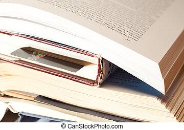 stapel, van, open, boekjes