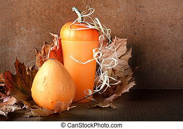 stapel, van, pompoennen, met, het gebladerte van de herfst, op, abstract, achtergrond